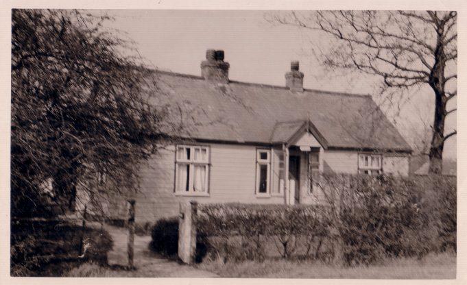 'Springfield' Basildon Road 1928 to 1955. | Springfield, Basildon Road.