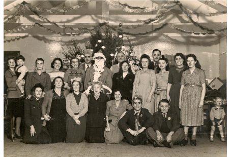 Christmas 1949 The Crown