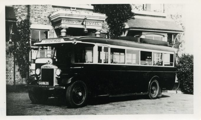 Old Tom Motor Services at Laindon Hotel (new in 1929, sold in 1937).   Ann and John Rugg.