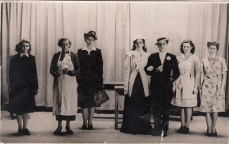 Laindon Youth Centre Drama Group 1947 in _________? | John Bathurst