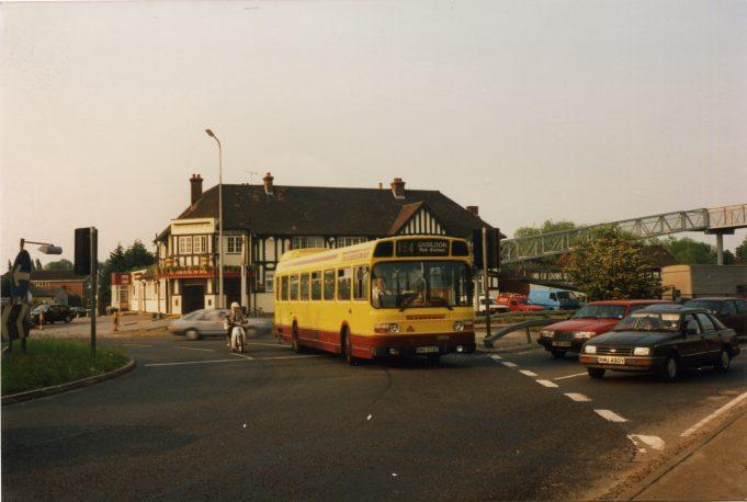 Eastern National (Thamesway) bus on service 154 to Basildon Bus Station at Fortune-of-War roundabout (1991). | Ann and John Rugg.