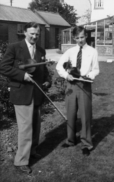Boskowsky & John at Cranleigh 1954nl | John Geogiadis
