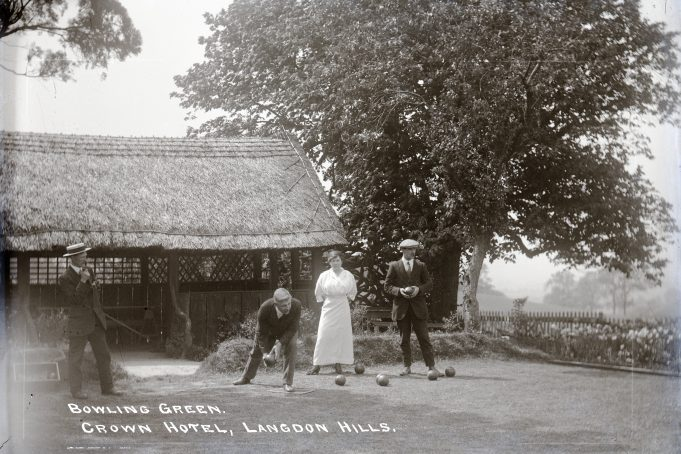 The Bowling Green, Laindon Hotel.   Barry Ellerby