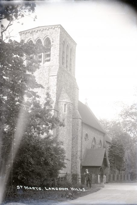 St. Mary's Church, High Road, Langdon Hills. | Barry Ellerby