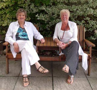 Anne & Sylvie