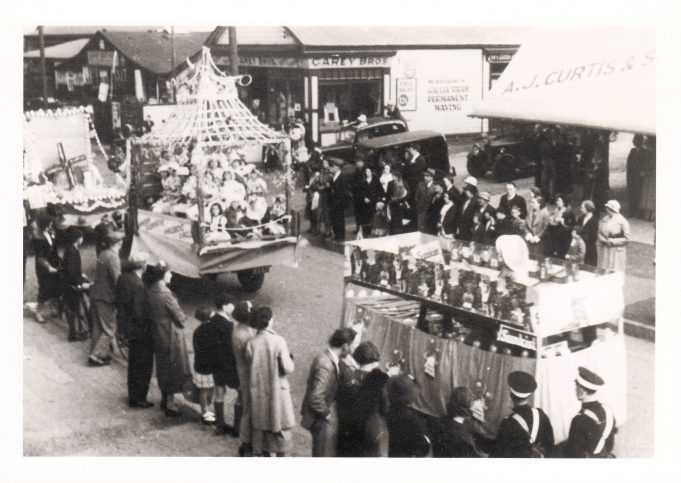 Laindon Carnival corner of Essex Road, 1937.