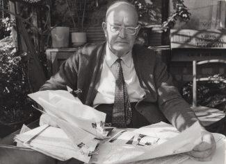 Gordon Mott in his eighties still battling with the corporation | Ian Mott
