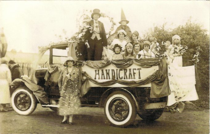 Laindon Carnival thought to be 1932.