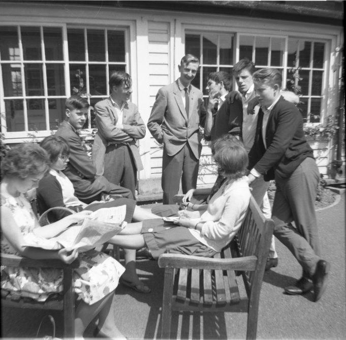 Left to right. Janet Gipson, Joan Hewett, Arthur Abbott, Glen Cunningham, George Le Surf, John Bird, Graham Godward, Phil Thomas. Girls sitting , Sheila Spooner and Pamela Patrick. | Nina Humphrey(née Burton)