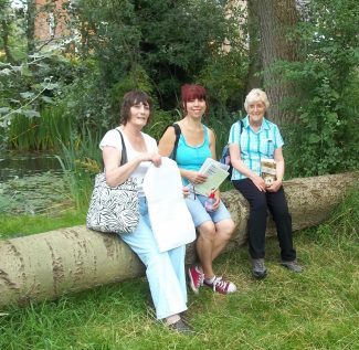 Three ladies on a log.  Denise, Helen and Nina. | Colin Humphrey