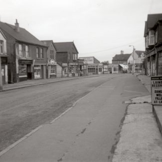 Laindon High Road Looking North towards the Laindon Hotel | Ken Bird