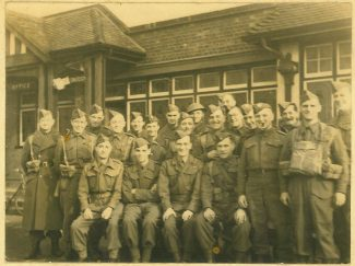 Laindon Home Guard outside The Fortune of War