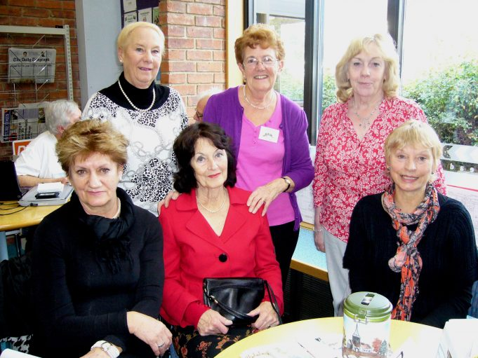 Memory Days get-together at Laindon Library 23.11.2012. | Nina Humphrey