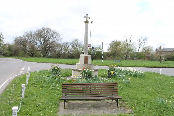 (PS) Little Burstead War Memorial
