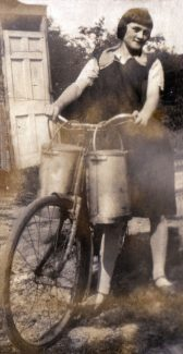Lizzy Richards on milkmaid duty. | Denise Hamilton.