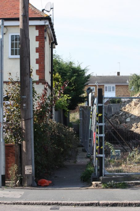 A closer look at Pelham's Alley. | Nina Humphrey