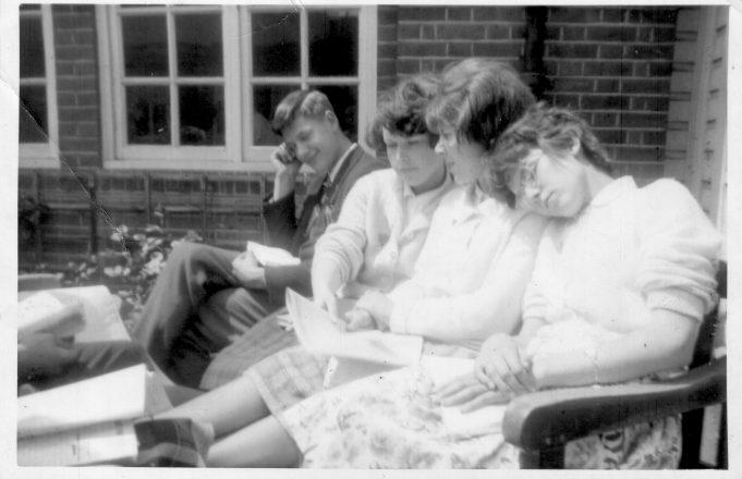 Arthur Abbott, Christine Harrison, Pamela Patrick, Irene Peall | Nina Humphrey(née Burton)