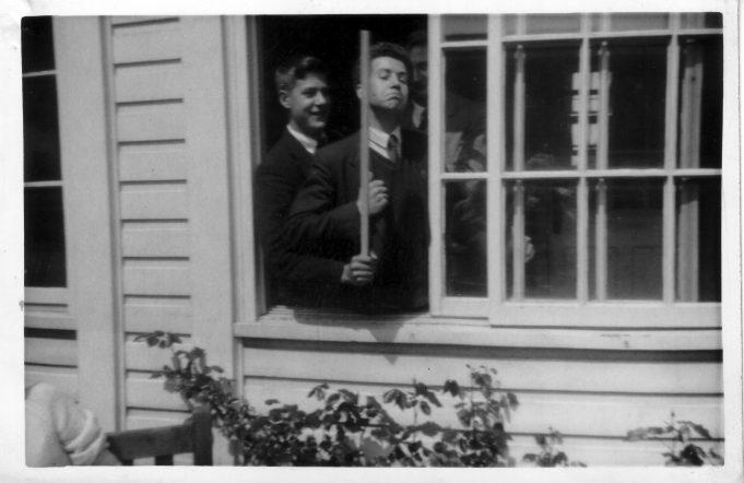 Arthur Abbott and Gregory Pead. | Nina Humphrey(née Burton)