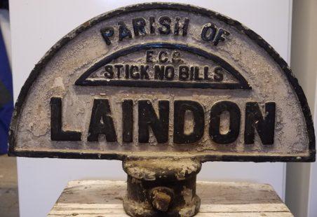 Laindon Sign Post
