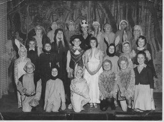 Cast of Snow White and the Seven Dwarfs, Laindon Park School