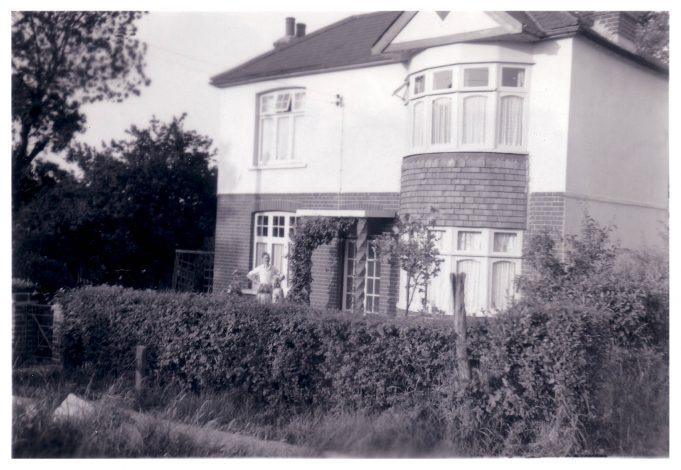 St Elmo, Victoria Avenue, Langdon Hills.  1950s. | Jill Barnes (née Adams)