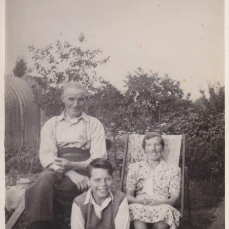Thomas Edward Taylor and family moved to Laindon 1930