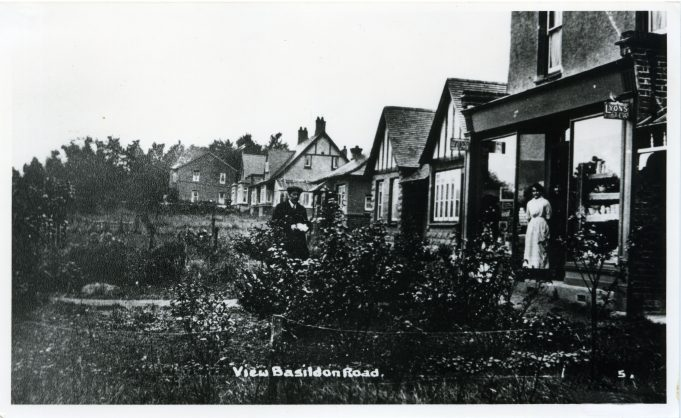 North side of Basildon Road - undated. Thought to be 1910/1920s. Laindon Park Post Office on the right. Then going left,  St Petres, The Ferns, Beechcroft, Rosedale and lastly Hollybank which appears to be facing the front gardens of the other bungalows.
