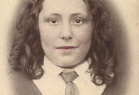 Laindon 1926-40, Dorothy Harber