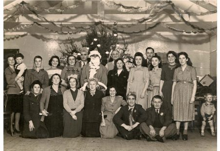 Christmas 1949 The Crown