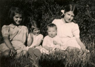 Me and my sisters c 1948 Nightingale Ave Margaret, Mary, Kathleen and Lynda | Ellen English Family