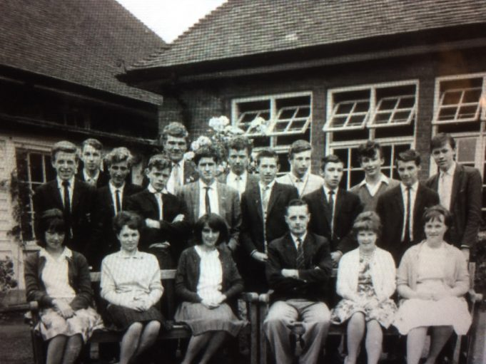 Laindon High Road School 58/63