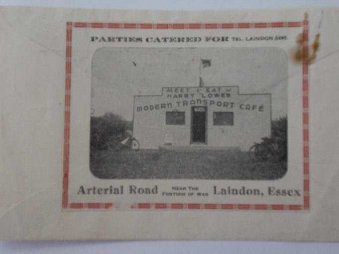 Backside of an envelope from Laindon with a photo of Harry Lowe's Café