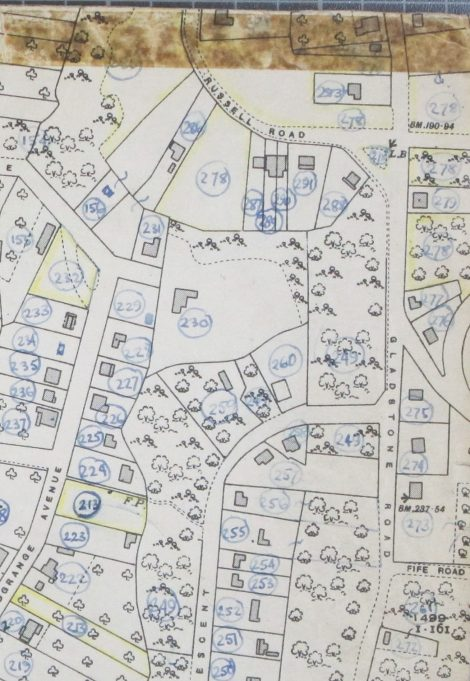25 inch O.S. map showing the south section of Gladstone Road and Russell Road. 'Fenella' is plot number 281, unfortunately the number is obscured by the brown sellotape stain but will be one of the three dwellings in the top right hand corner.