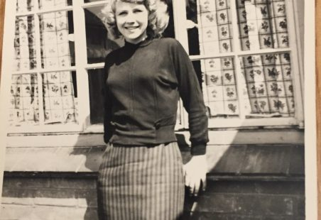 Daphne Wyatt Nee Austin, I lived at 5 King Edward Terrace.