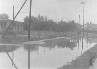Laindon Floods at Grant-Best Ltd. Printers, Durham Rd 195-1